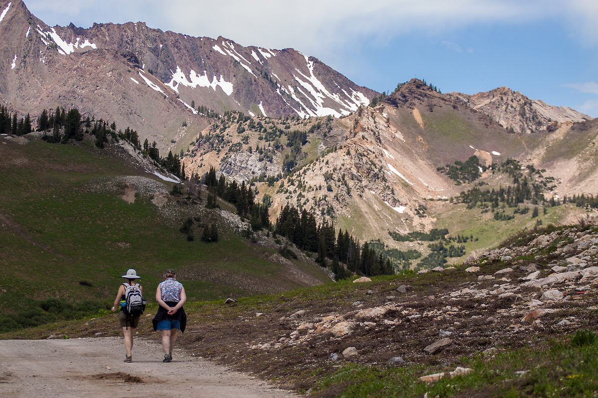 Carly and her Mom during our hike towards Cecret Lake in Albion Basin.