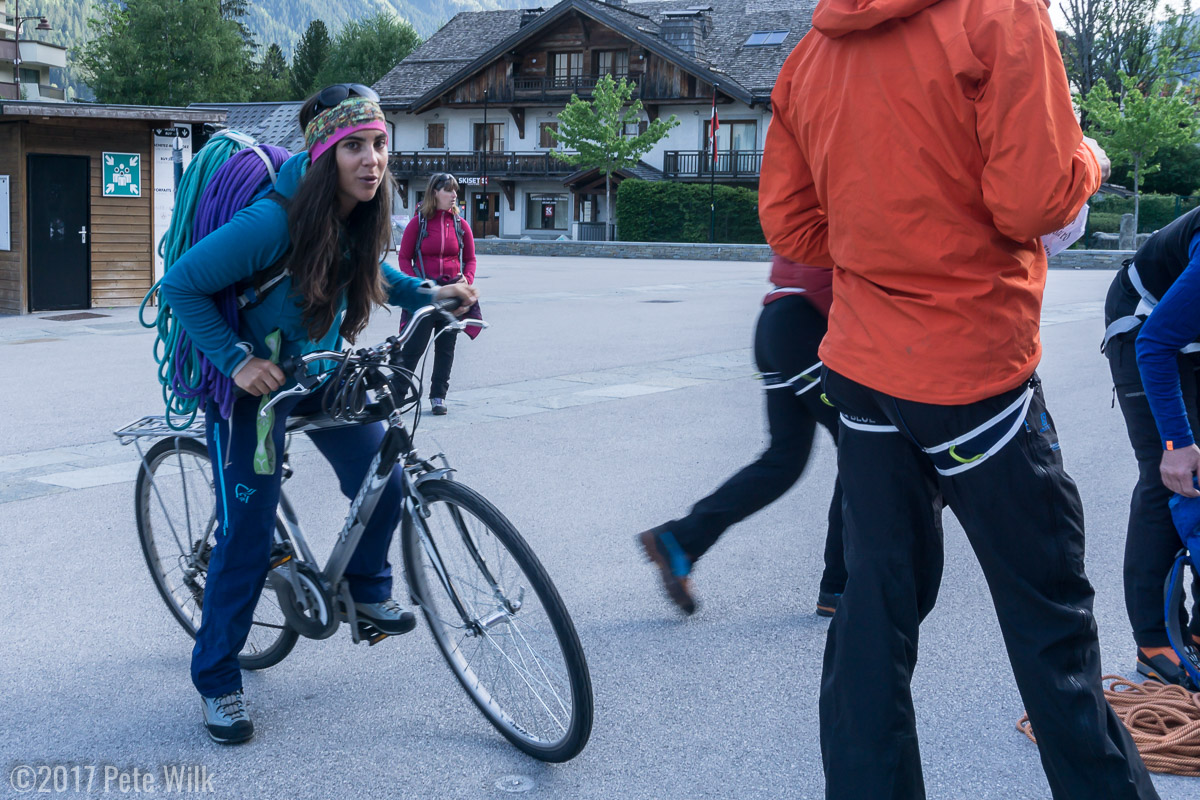 Clementine making the difficult bicycle journey with some ropes.