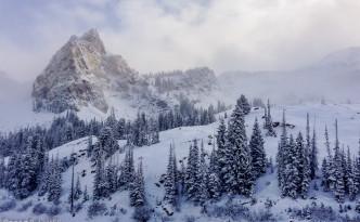 Great-views-at-Lake-Blanche