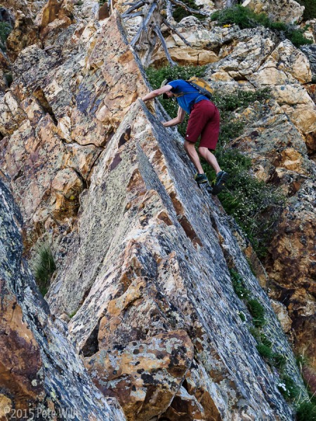 One of my favorite sections of the climb.  A great traverse on a razor sharp knife edge.