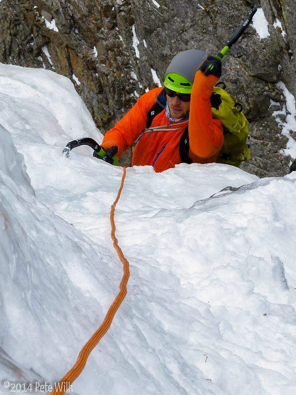 Doug following up the easy approach pitch to Deep Freeze (WI5+).