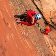 Allen figuring out the gear placements in the thin crack.