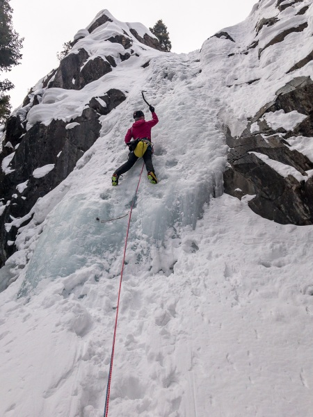 I lead the first pitch and Carly did the final two pitches which were in petty good condition.