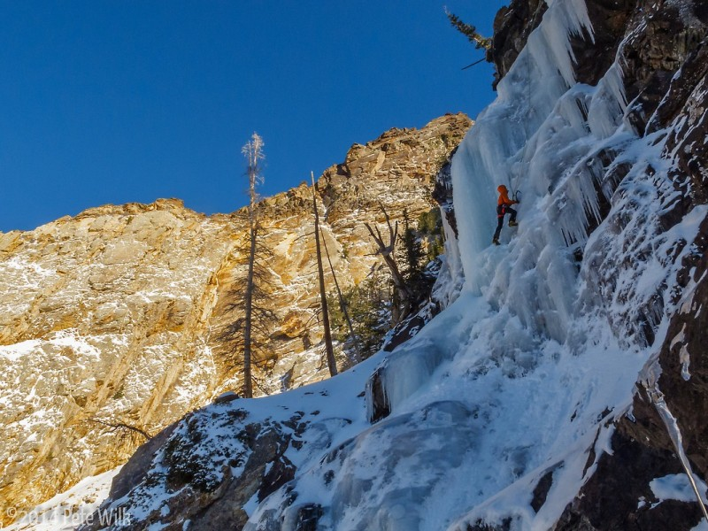 Approaching the crux section.