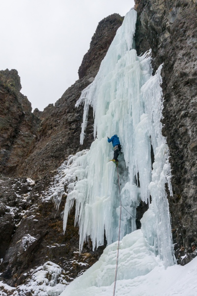 Pulling out of the ice chimney.